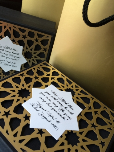 Black Umrah Box And Bag