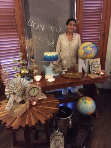 Bon Voyage Table decor