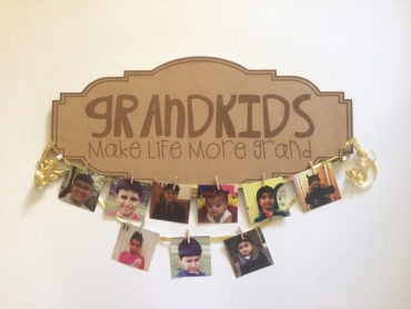Photo Hangning Wall Plaque